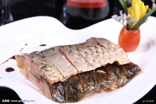 步凤咸猪头肉-咸鱼
